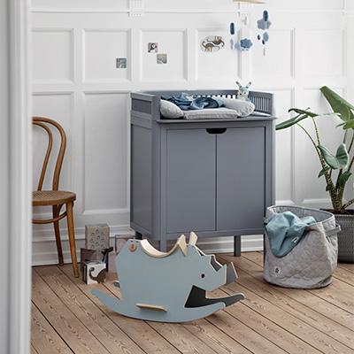 sebra kili ledikant plus kili commode plus kili matras lief en klein. Black Bedroom Furniture Sets. Home Design Ideas