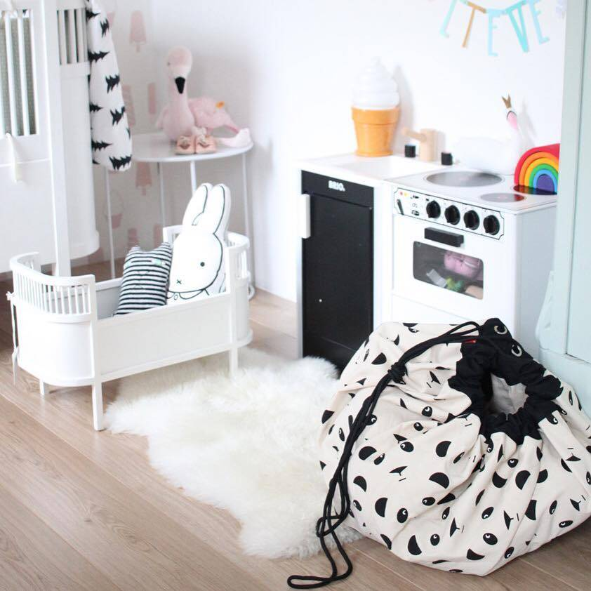 play go opbergzak en speelkleed panda lief en klein. Black Bedroom Furniture Sets. Home Design Ideas