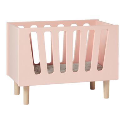 done by deer poppenbed roze lief en klein. Black Bedroom Furniture Sets. Home Design Ideas