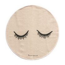 Bloomingville vloerkleed sleepy eyes roze