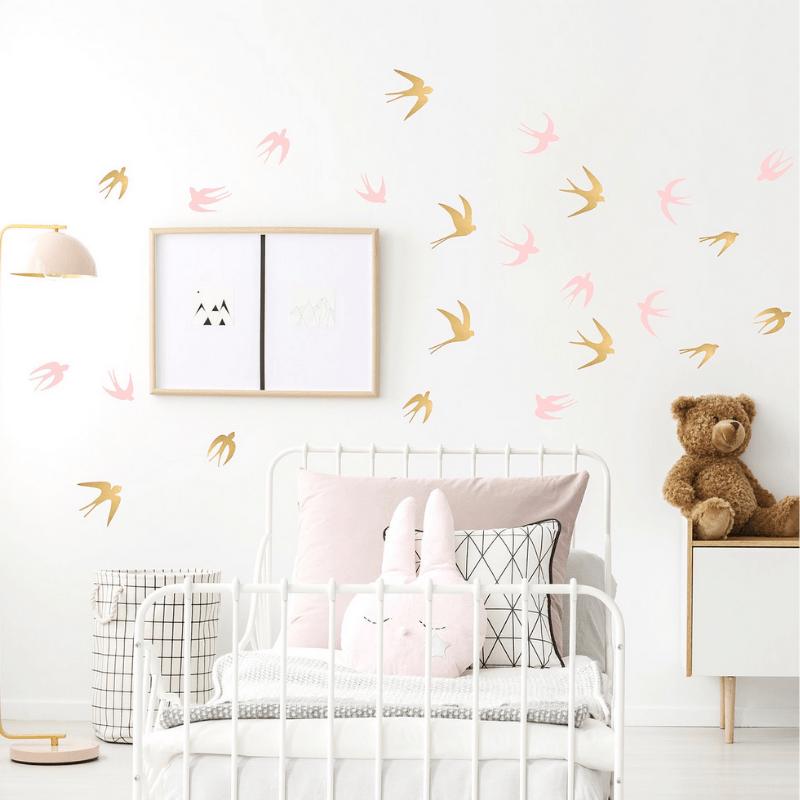 POM muurstickers zwaluw roze goud